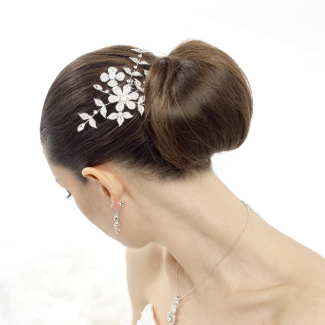 Stunning bridal crystal hair comb