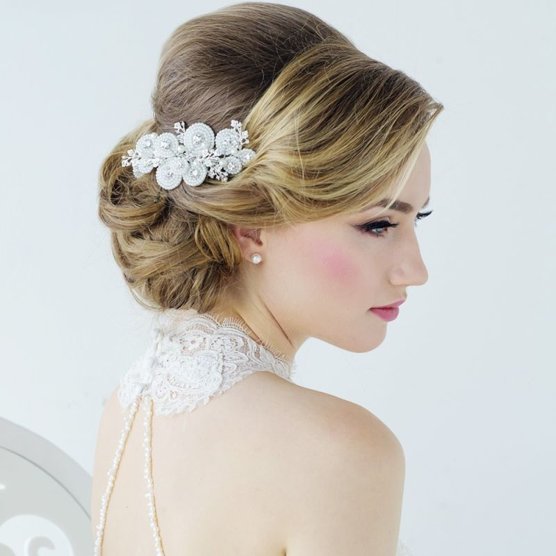 Amy Crystal and Pearl Bridal Hair Comb, Pearl Wedding Hair Accessory